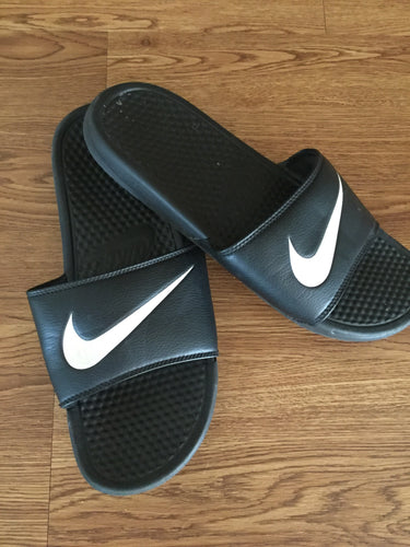 Men's Black NIKE Slides