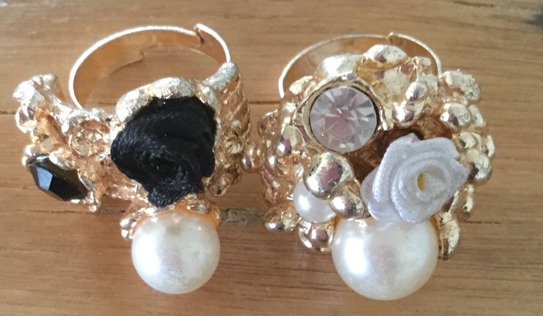 Pearl Flower Rings With Stones