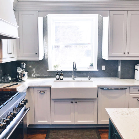 Kitchen sink, farmhouse sink, Oven, stove, dishwasher, cabinetry