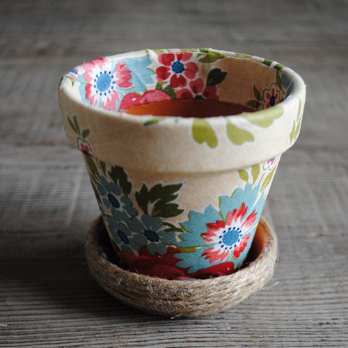 Blue and Coral Vintage Floral Flower Pot with Twine Base