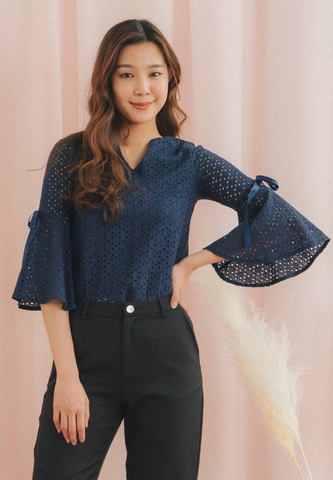 Vonda Trumpet Sleeves Eyelet Top (Navy)
