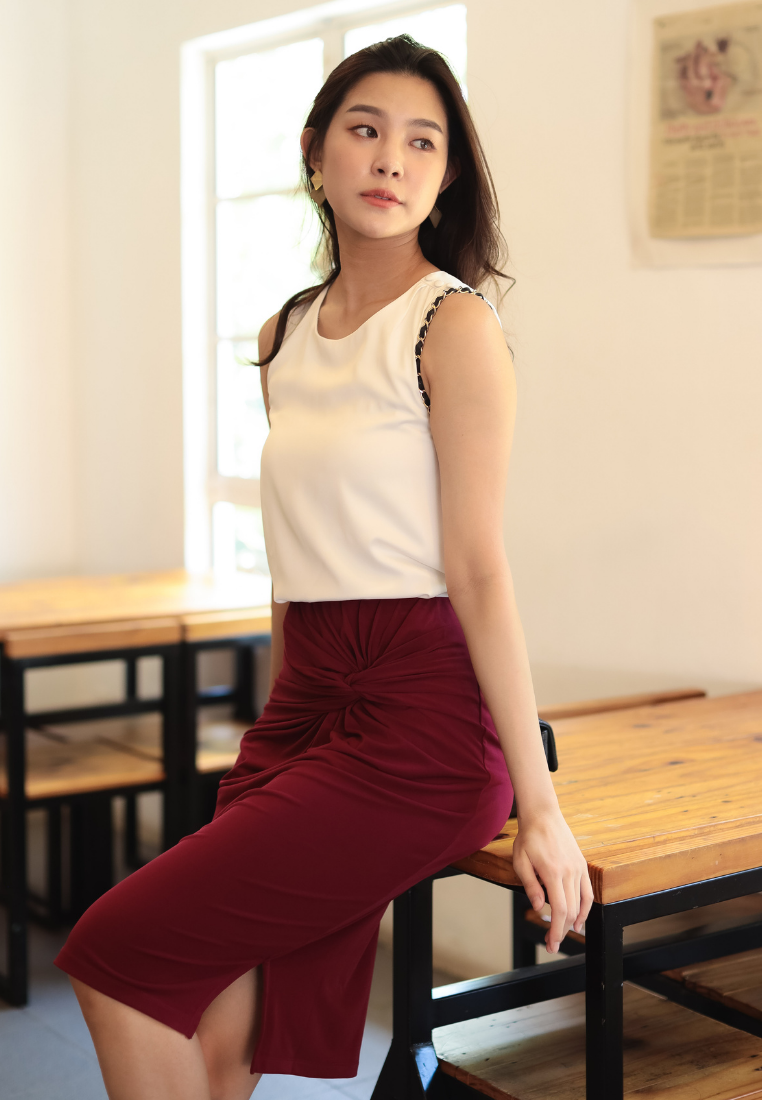 Optimistic Knot Pencil Skirt (Maroon)