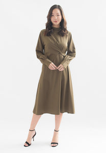 Ivern Long Sleeve A-line Dress (Green)