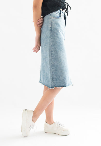 Olwen Center Slit Denim Skirt (Blue)