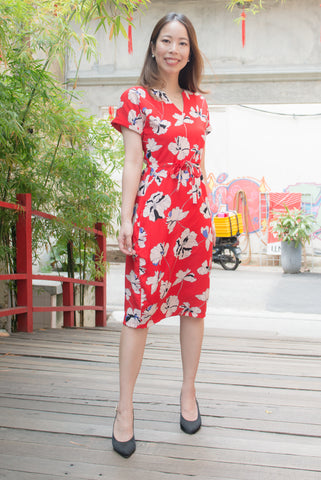 Jaslyn Floral Print Sheath Dress (Red)
