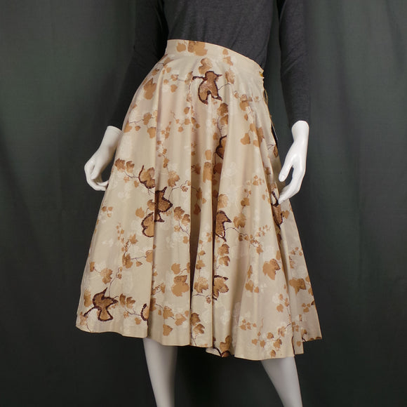1950s Brown Glitter Autumn Leaf Tan Cotton Full Circle Skirt, 26in Waist