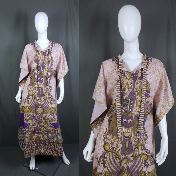 1970s Purple and Gold Indonesian Lion and Goddess Kaftan, 46in Bust