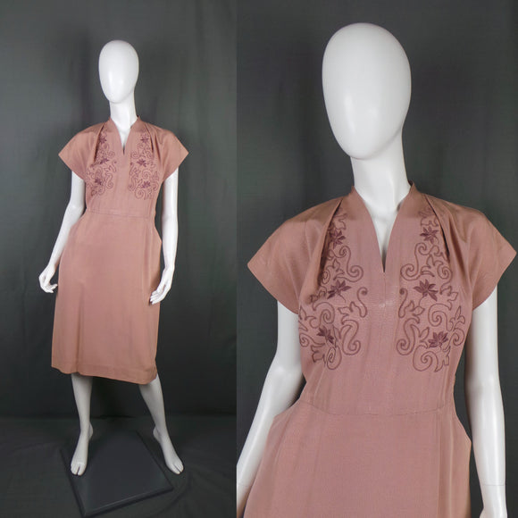 1940s Dusky Pink Grossgrain Volup Dress with Soutache Embroidery, 44in Bust