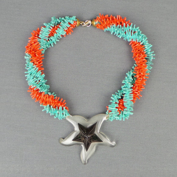 1950s Faux Coral Tropical Necklace with Lucite Starfish