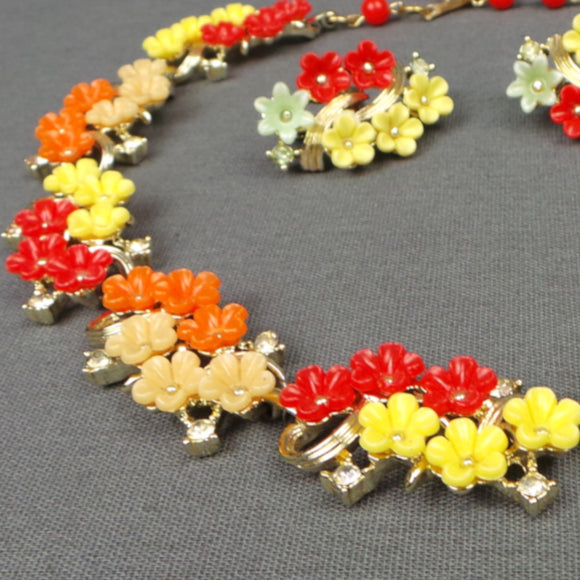 1960s Citrus Floral and Gold Necklace and Clip On Earring Set