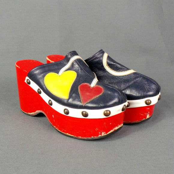 1970s Bright Heart Applique Wooden Wedge Platforms, by Dolcis, UK 5