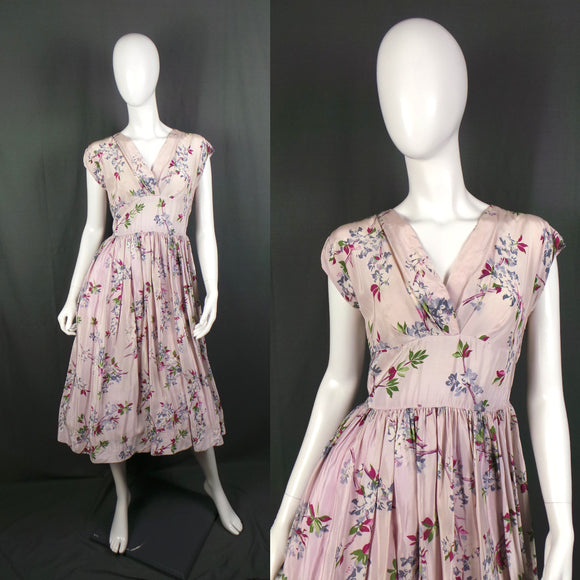1950s Pale Shell Pink Cherry Blossom V-Neck Dress, by Calpreta and St Michael, 40in Bust