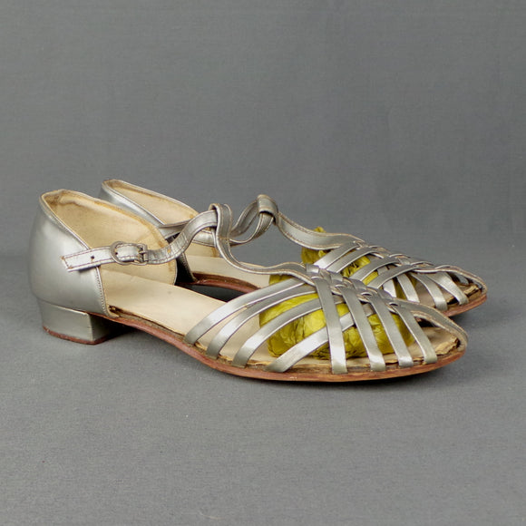 1950s Metallic Silver Flat T-Bar Cross Strap Dance Sandals, by Dolcis, UK 5