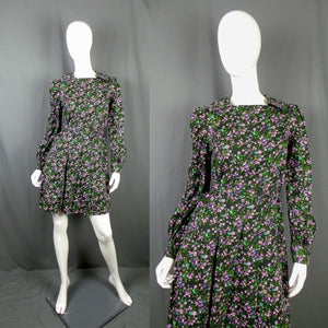 1960s Deep Green Lilac Floral Wide Collar Mini Dress, 37in Bust