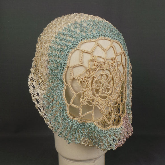 1940s Cream and Blue Hand Crocheted Hair Net Snood