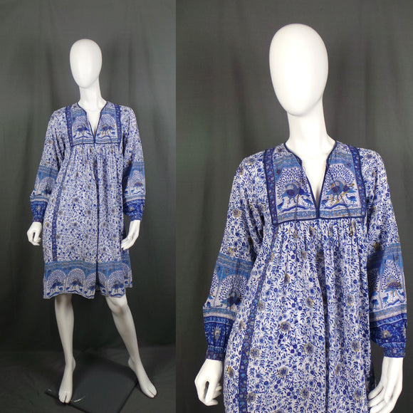 1970s Indian Cotton Blue and White Peacock Hand Painted Dress, 36in Bust