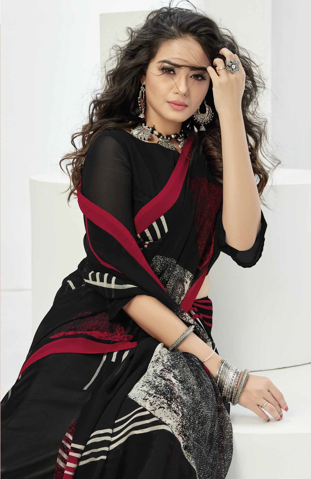 Black Color Georgette Beautiful Daily Wear Sarees NYF-6285
