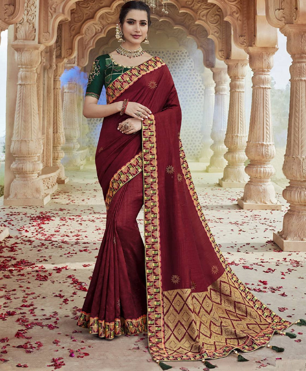 Red Color Raw Silk Pretty Designer Sarees NYF-6105