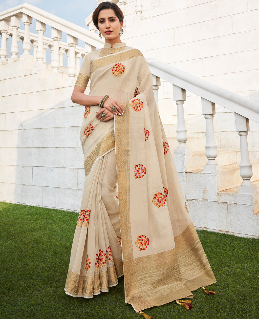 Cream Color Banarasi Cotton Silk  Sarees For Newly Wedded NYF-5703