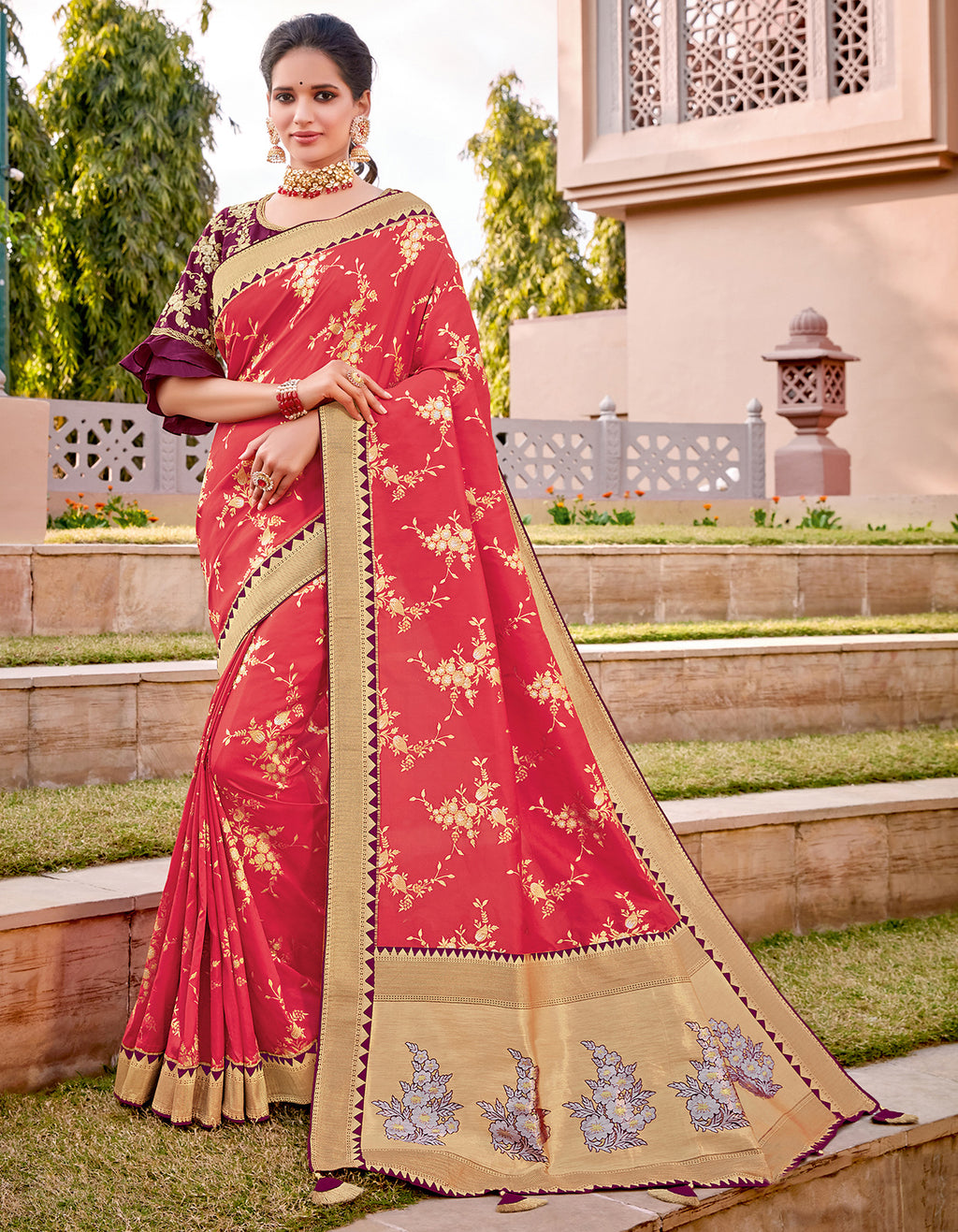 Pink Color Weaving Silk Splendid Wedding Function Sarees NYF-8704
