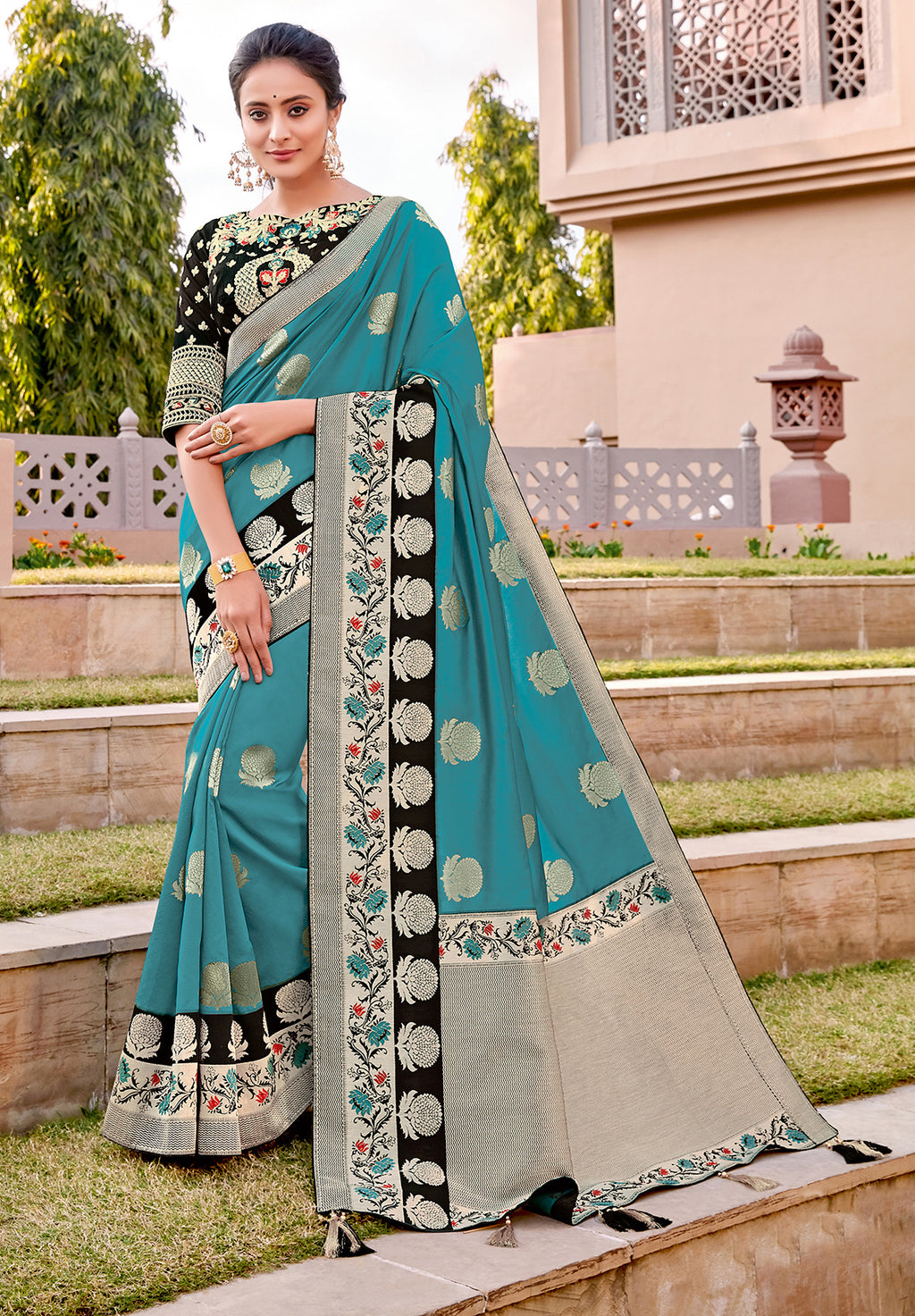 Firozi Color Weaving Silk Splendid Wedding Function Sarees NYF-8707