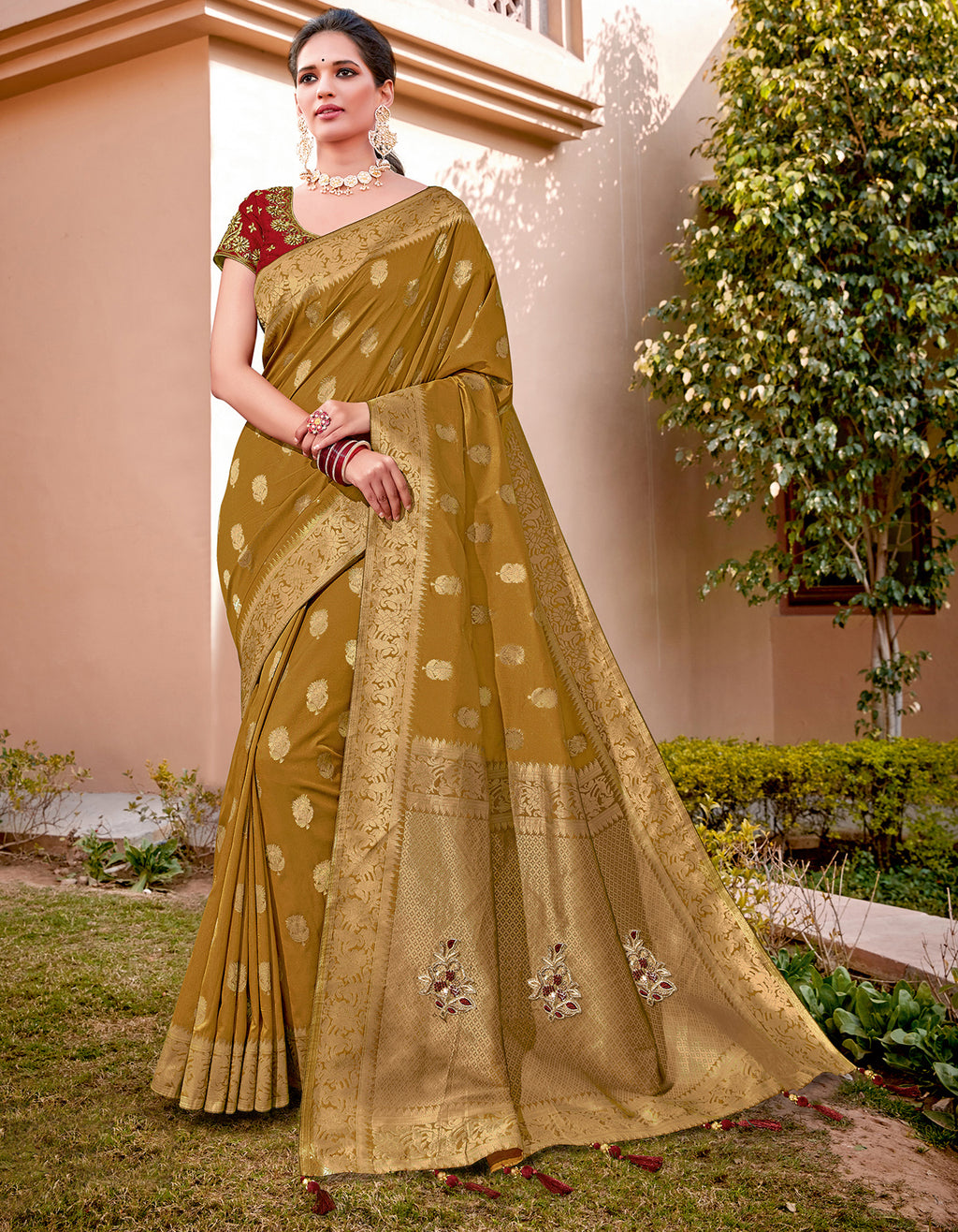 Mustard Yellow Color Weaving Silk Splendid Wedding Function Sarees NYF-8716