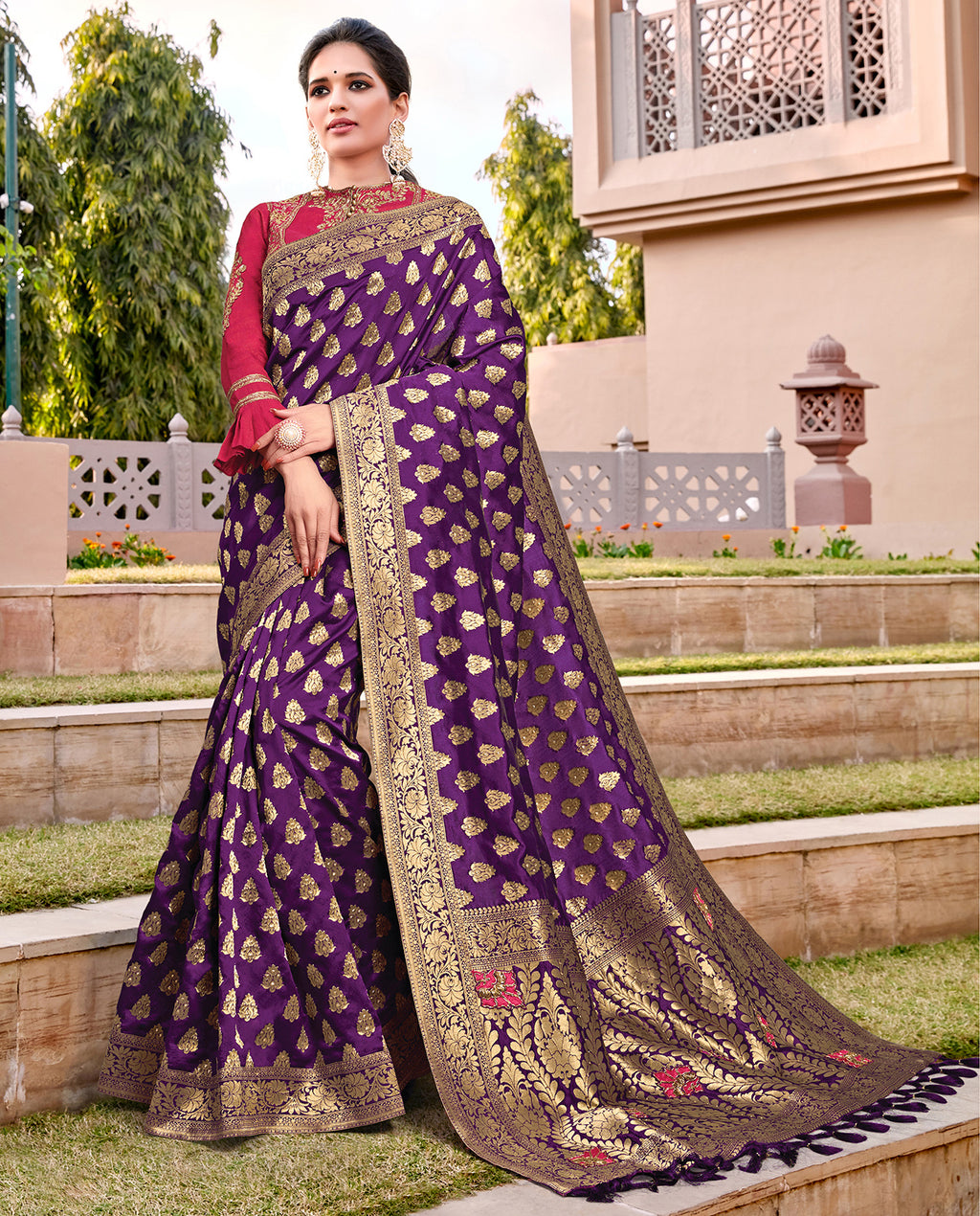 Purple Color Weaving Silk Splendid Wedding Function Sarees NYF-8720