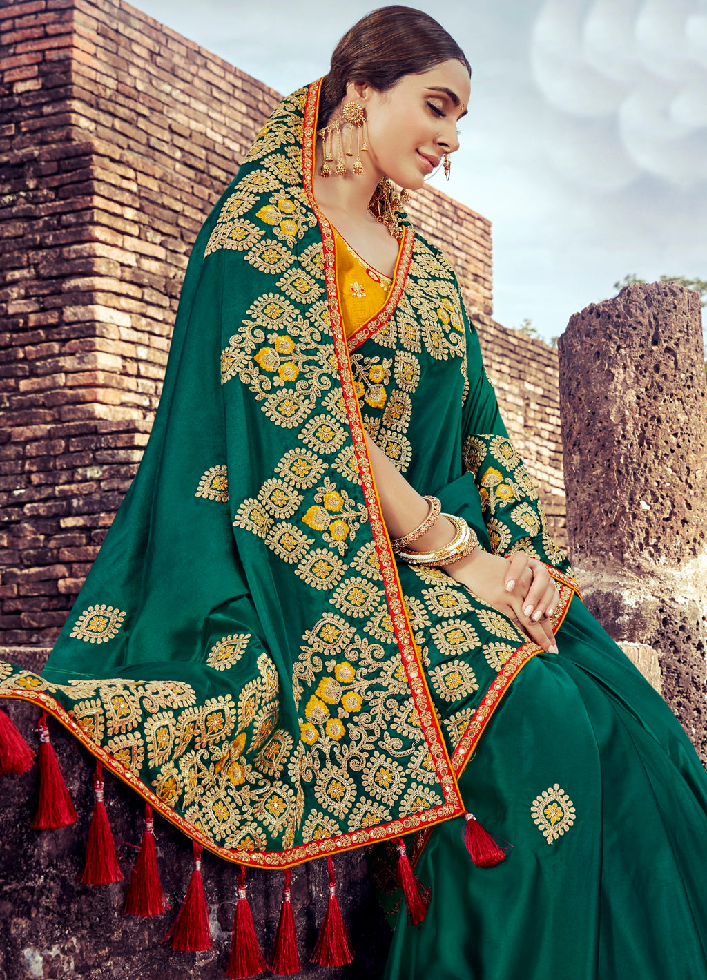 Peacock Green Color Silk Pretty Designer Sarees NYF-5024