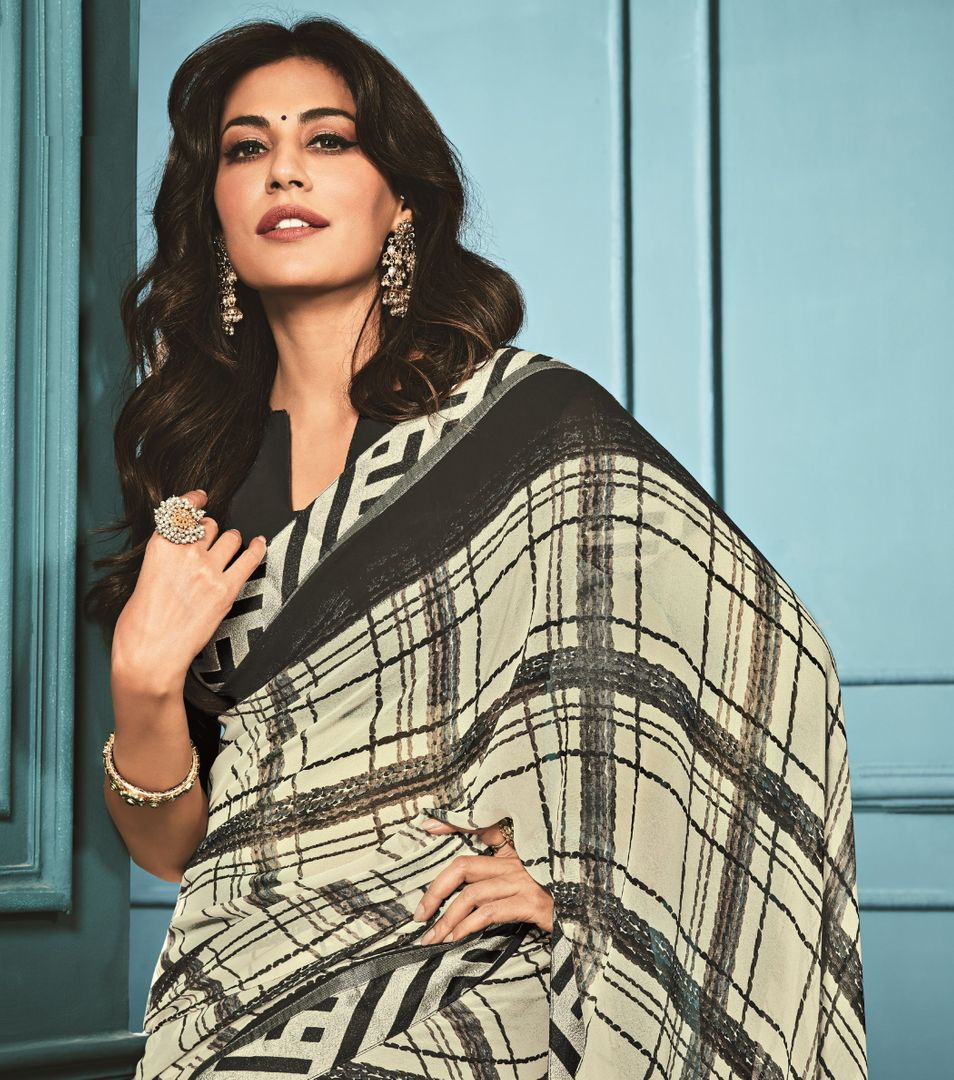 Black & White Color Georgette Party Wear Sarees : Kiyansh Collection  NYF-3209 - YellowFashion.in