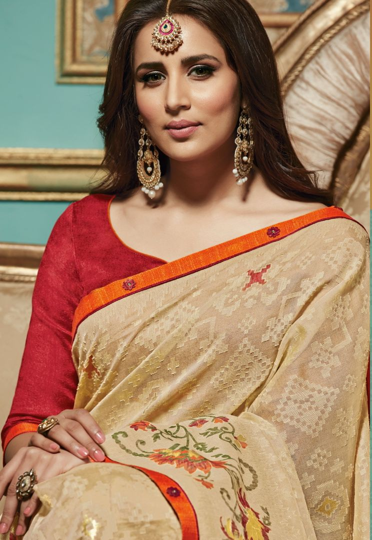 Cream Color Brasso Aesthetic Party Wear Sarees NYF-4375 - YellowFashion.in