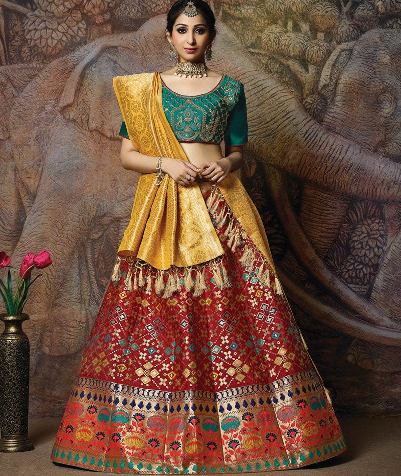 Red Color Silk Beautiful Wedding Functions Lehengas NYF-5589