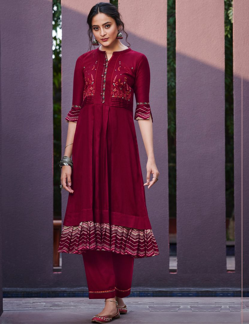 Maroon Color Satin Cotton Stunning Kurtis With Palazzo NYF-4308 - YellowFashion.in