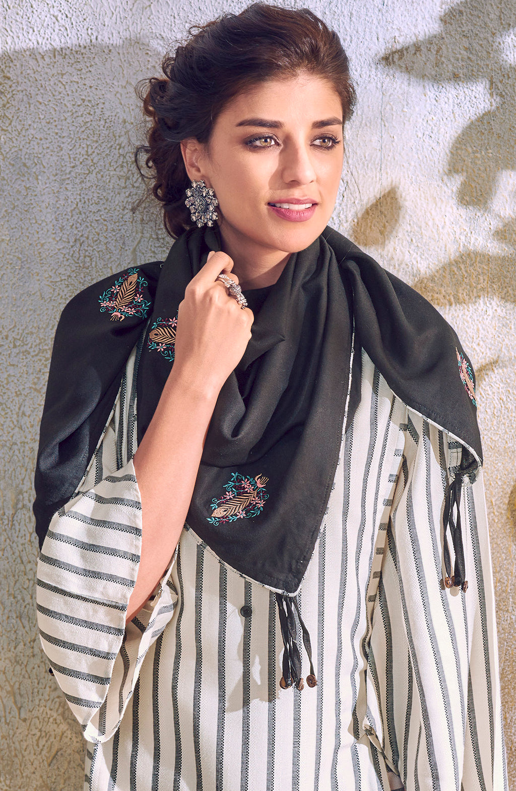 White & Black Color Handloom Cotton Casual Kurti With Scarf NYF-6056