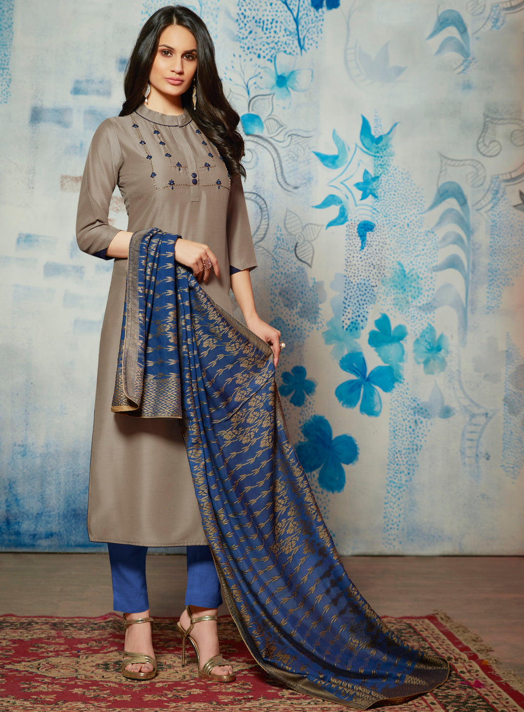 Grey Color Muslin Readymade Kurti With Dupatta NYF-6430