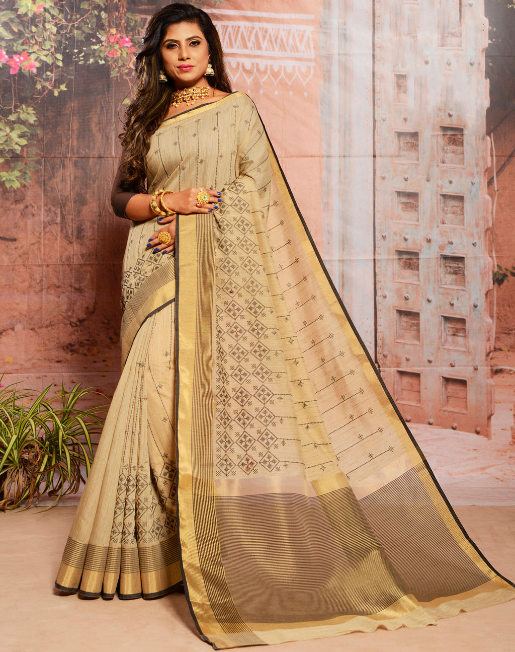 Beige Color Cotton Elegant Function Wear Sarees NYF-7351
