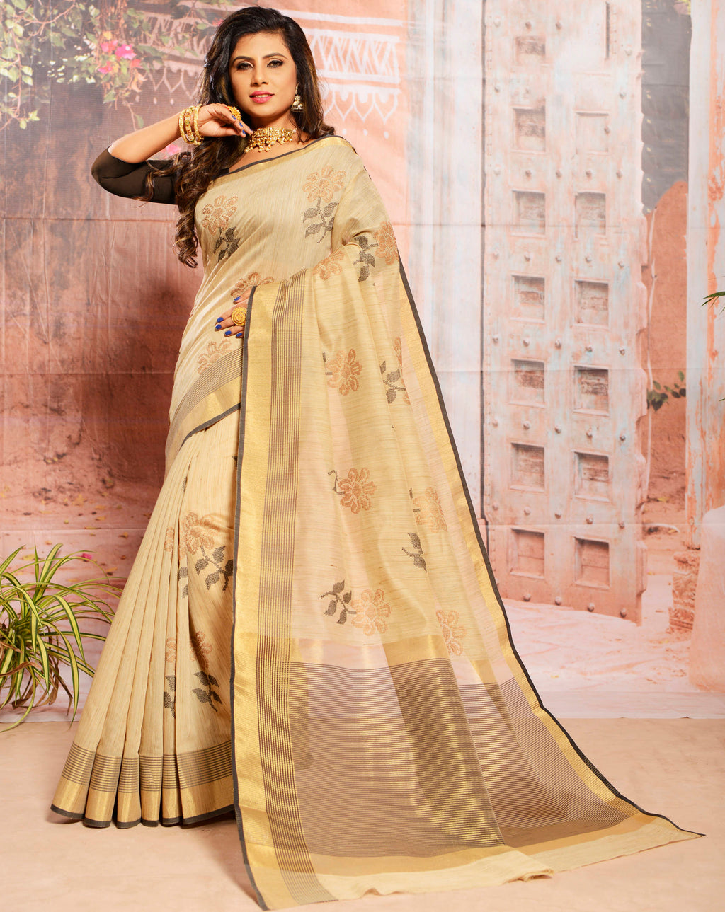 Cream Color Cotton Elegant Function Wear Sarees NYF-7354