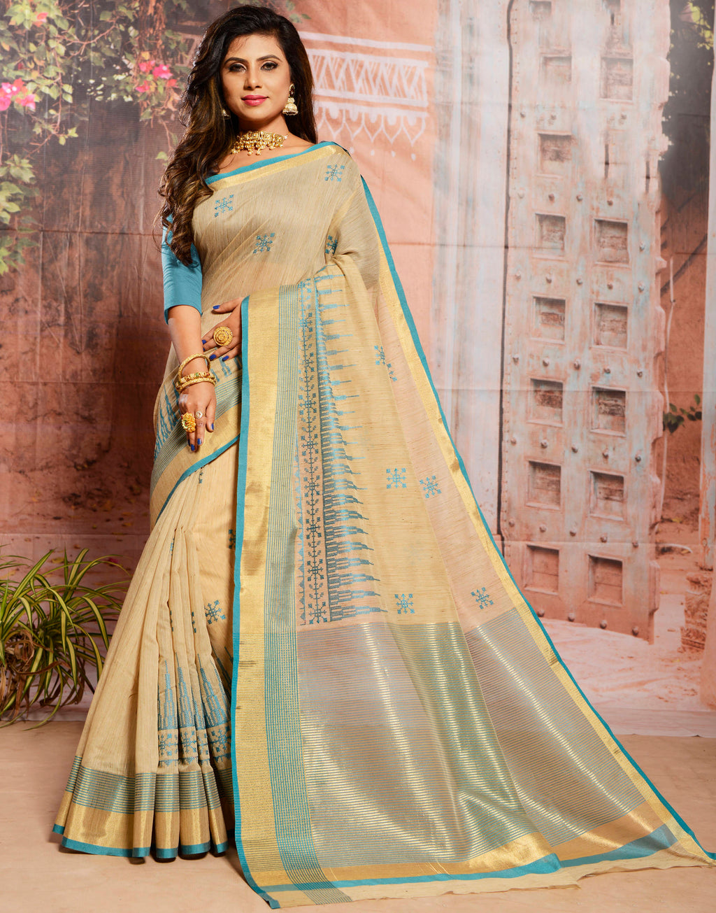 Cream Color Cotton Elegant Function Wear Sarees NYF-7355