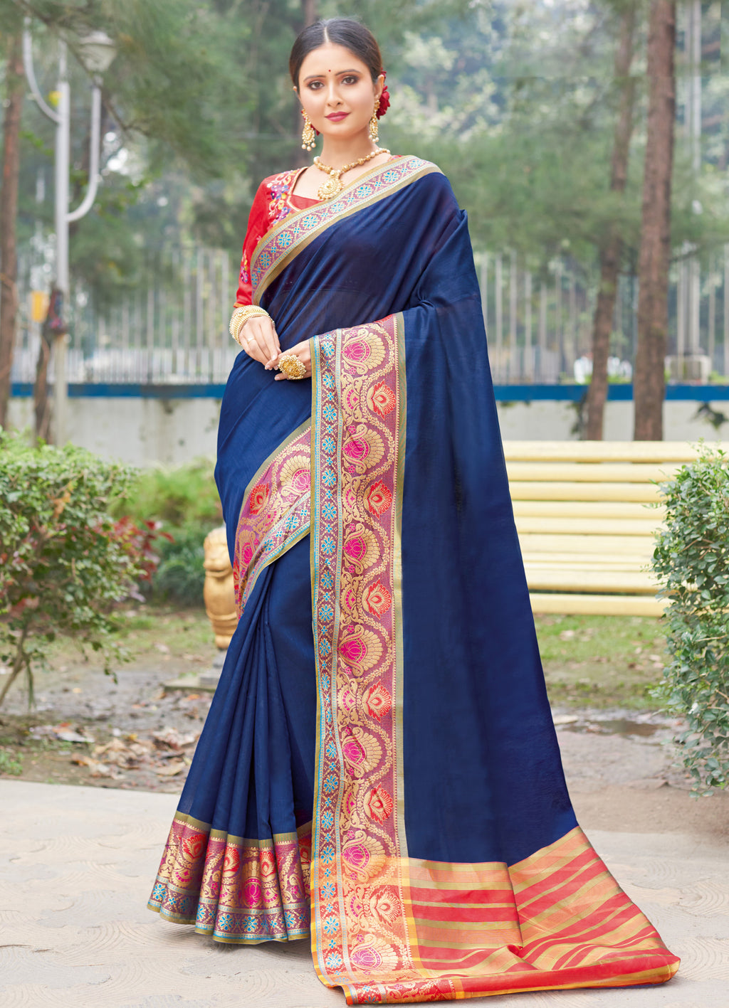 Navy Blue Color Handloom Silk Sarees With Beautiful Border For Religious Function NYF-7322