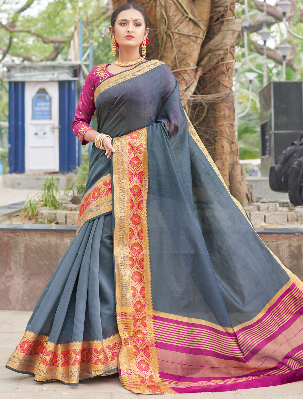 Grey Color Handloom Silk Sarees With Beautiful Border For Religious Function NYF-7326