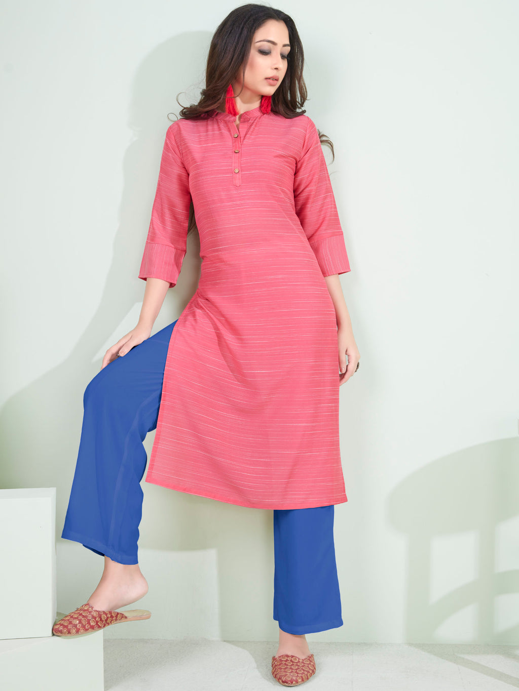 Pink Color Cotton Daily Wear Kurtis NYF-9072