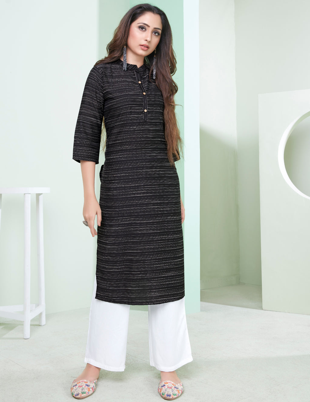 Black Color Cotton Daily Wear Kurtis NYF-9076