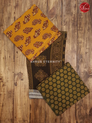 Mustard yellow & Dark Green- Ajrakh Block print - Shop on ShrusEternity.com