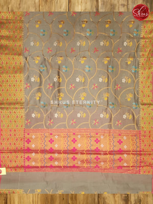 Grey & Pink - Semi Banarasi - Shop on ShrusEternity.com