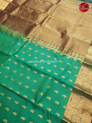 Sea Green & Peacock Green - Kanchipuram Silk