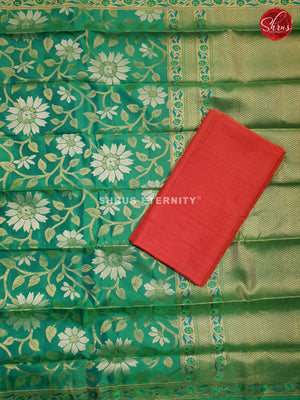 Red & Leaf Green - Silk Suit