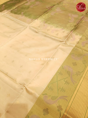 Cream & Kiwi Green - Soft Silk
