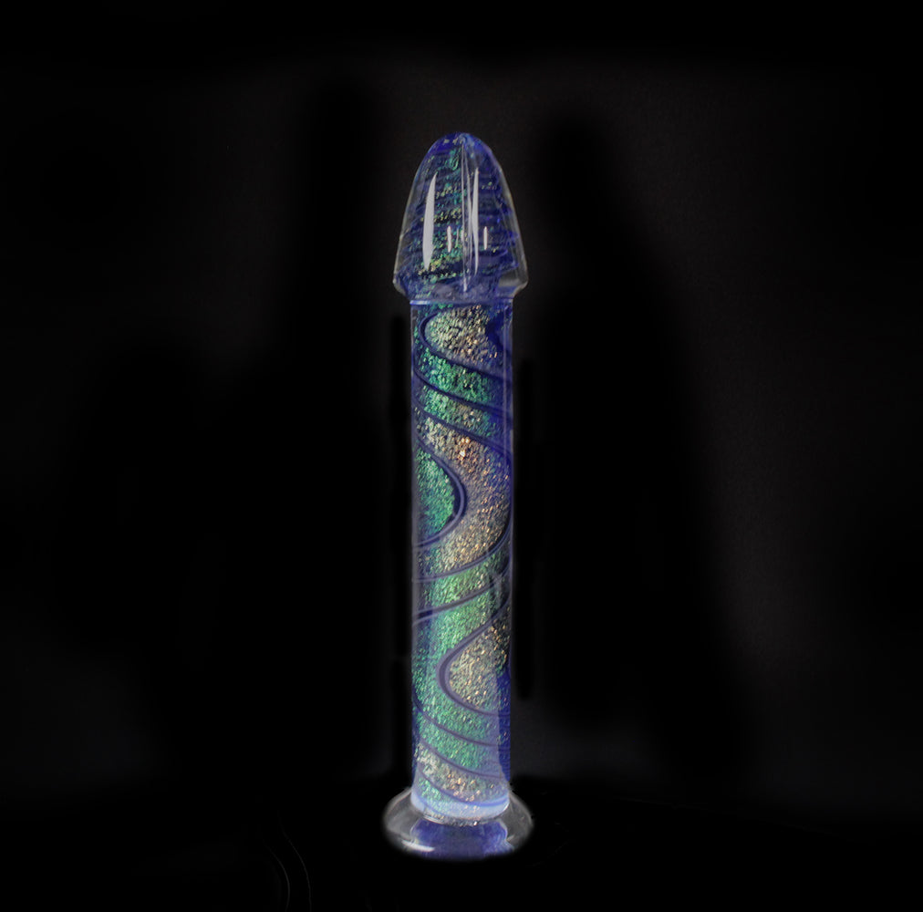 Entirly dichroic glass dildo