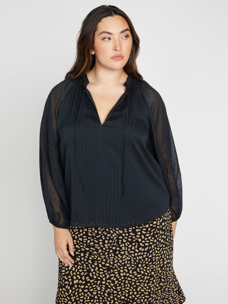 Live It Up Volume Blouse Black Inclusive Collection