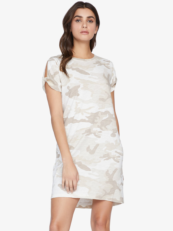 So Twisted T-Shirt Dress Sand Dune Camo