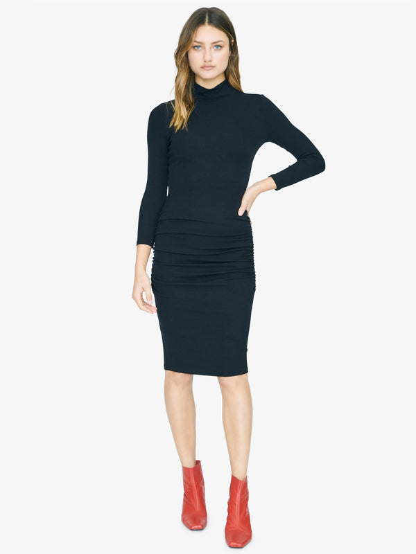 Essential 3/4 Sleeve Dress Black